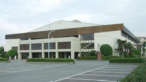 Kyuden_Gymnasium01.jpg